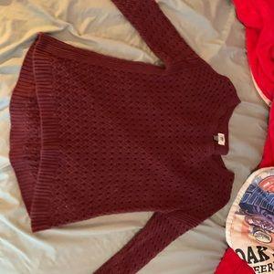 Old Navy Maroon sweater